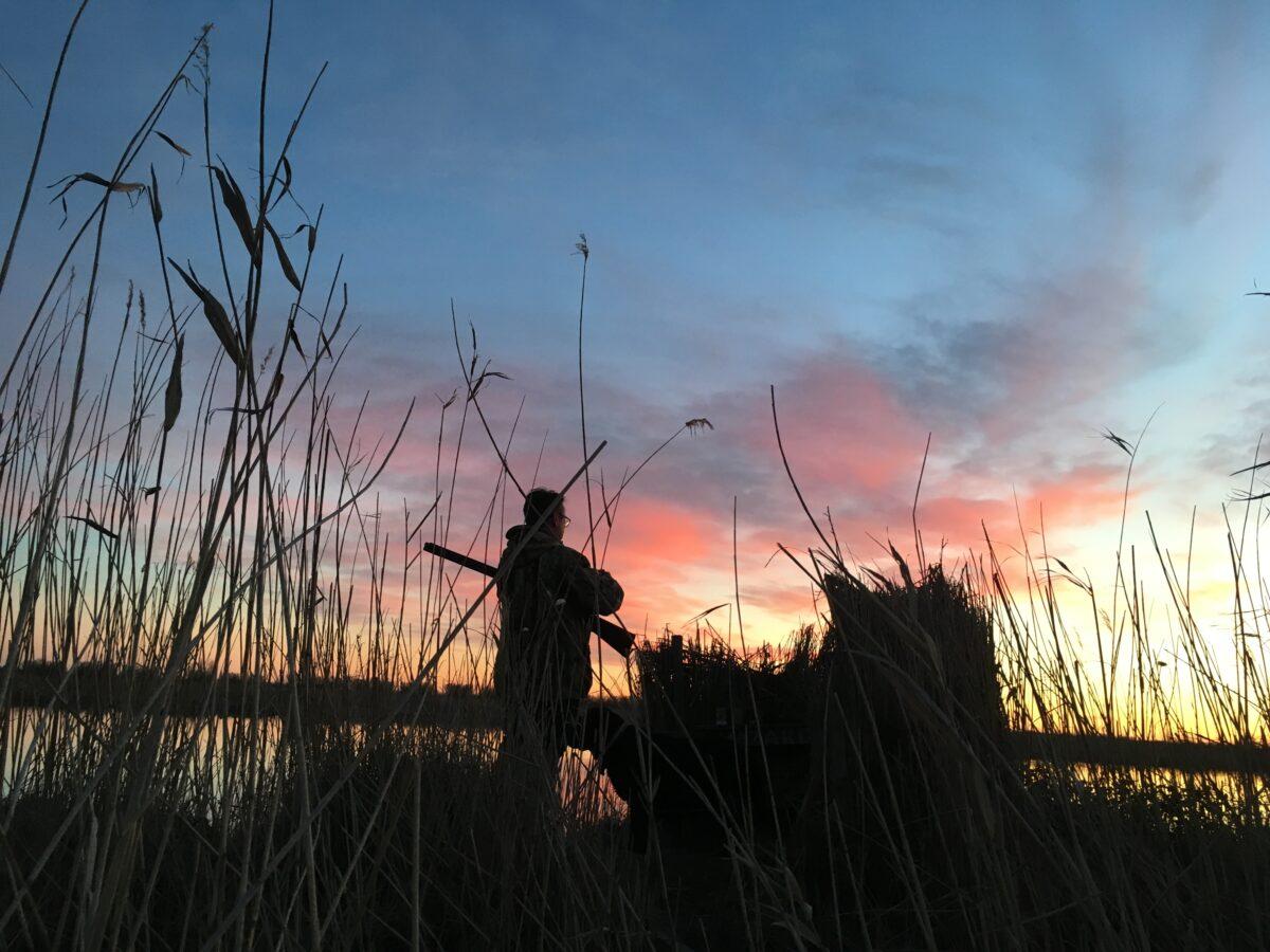 Le couvre-feu est-il applicable aux chasseurs ?